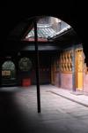 Interieur du temple HongChun Ping (1100 m).<br> Il sera mon hotel pour une nuit