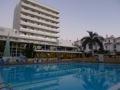Hotel � Las Americas