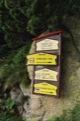 Possibilit� de descendre � Vysn� Hagy en suivant le chemin jaune ... je continue en direction de Sedlo pod Ostrwou et son col<br> (Hautes Tatras)