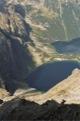 Les lacs Czamy Staw pod Rysami et Morskie Oko depuis le Rysy (2500m).<br> Passage en Pologne ... (Hautes Tatras - Pologne)