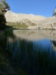 Timberline lake et chaine du mont Wittney en fond