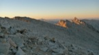 Lev� de soleil sur la chaine du Mont Wittney (avec le mont Muir sur la droite)