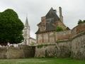 Eglise et chateau � Dampierre en Burly